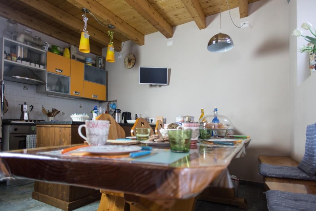 B&B-La casa sul sasso-cucina colazione